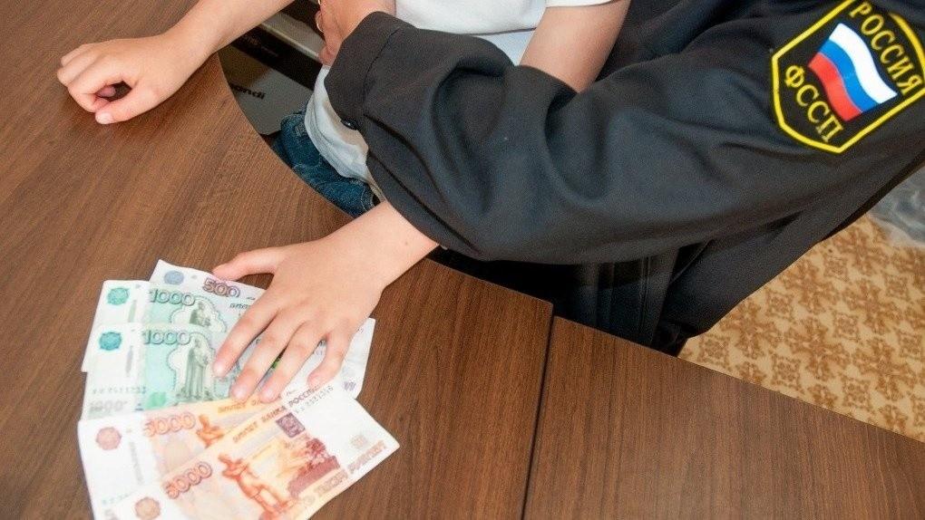 Алиментная задолженность и лишение родительских прав